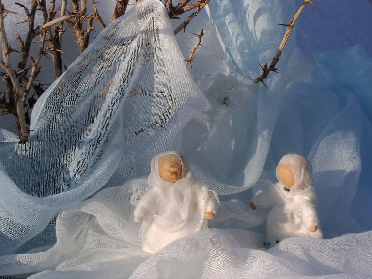 Schattiertes Schleiertuch Schnee (Schneekinder sind unverkäufliche Deko)