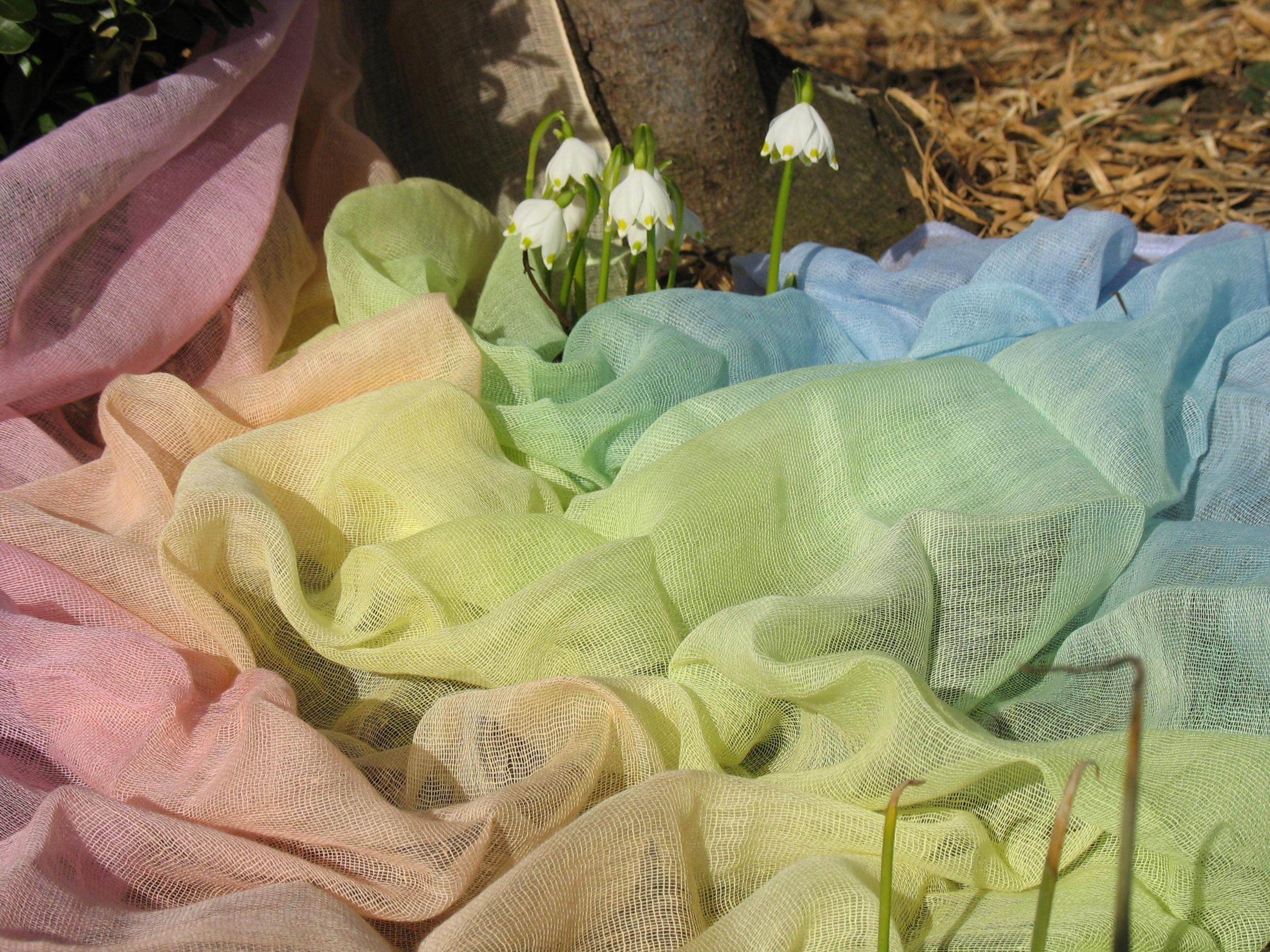 Regenbogen pastell und Frühling